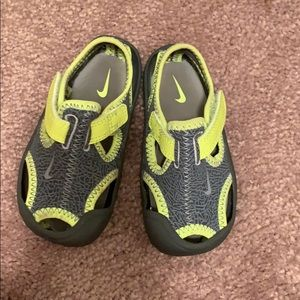 Nike Water shoe for toddler
